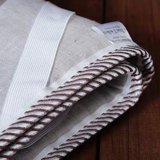 Наматрасник льняной на резинках из льняной ткани Линтекс